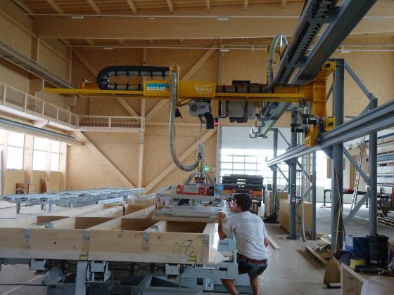 Konsolkran 500 kg mit integriertem Zuführschlauch