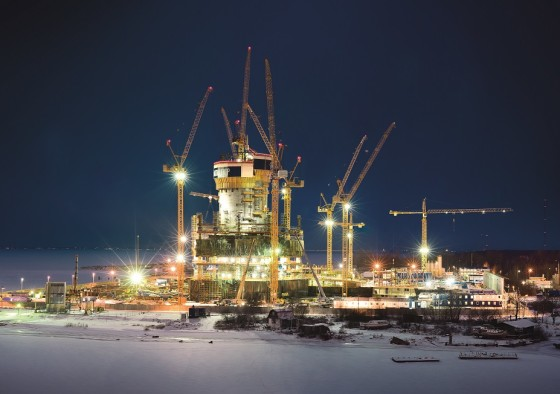 liebherr-towercranes-lakhta-st-petersburg-night-print-300dpi